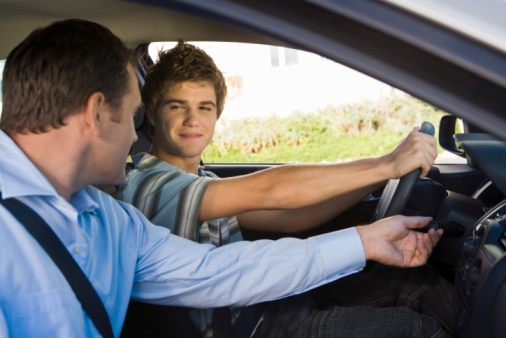Help Your Child Learn to Drive Properly With a Maryland Driving School